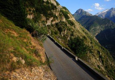 Around Auris by e-bike